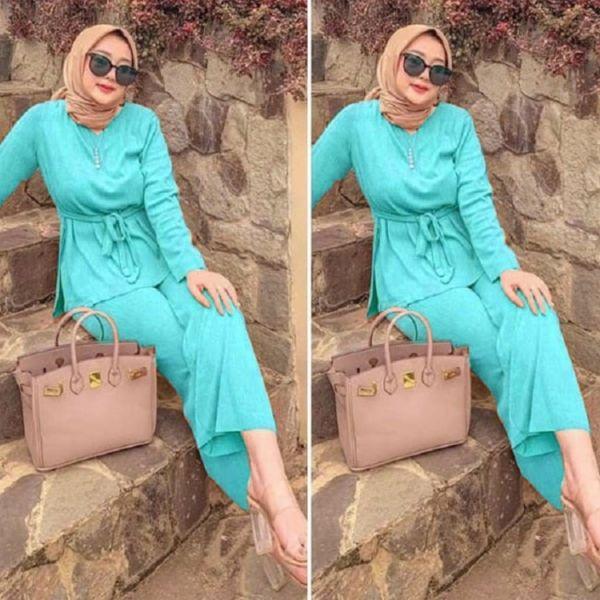 One Set Baju dan Celana Panjang Muslim Wanita