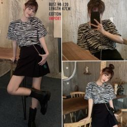 Baju Kaos Oblong Wanita Modern Gaya Korea
