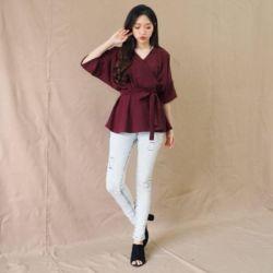 Model Baju Atasan Kimono Lengan Pendek Kekinian