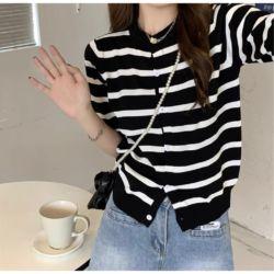 Model Baju Atasan Knit Top Salur Jaman Sekarang