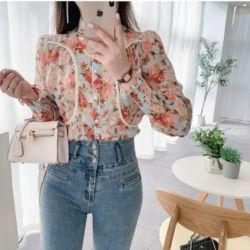 Model Baju Atasan Motif Bunga Lengan Karet